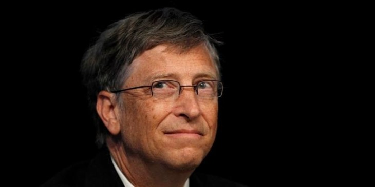 """Microsoft founder and philanthropist Bill Gates speaks at the """"Uniting to Combat Neglected Tropical Diseases"""" conference at the Royal College of Physicians in London January 30, 2012. REUTERS/Suzanne Plunkett (BRITAIN - Tags: BUSINESS SOCIETY HEALTH SCIENCE TECHNOLOGY) - RTR2X2XM"""