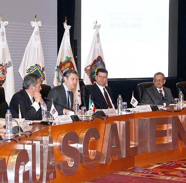 Expone Gobernador prioridades y panorama educativo de Colima