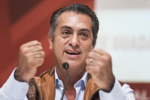 GUADALAJARA, MEXICO  NOVEMBER 28:  Jaime Rodriguez Calderón El Bronco governor of Nuevo León speaks during a conference as part of International Book Fair on November 28, 2015 in Guadalajara, México. (Photo by Servando Gomez Camarillo/LatinContent/GettyImages)