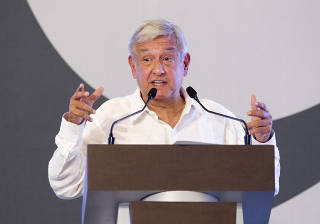 López Obrador pide a Peña Nieto tomar medidas por detención de niños en EU