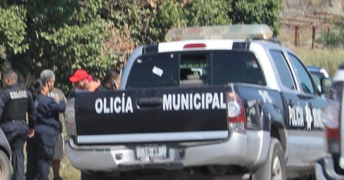 policía-manzanillo-detenidos-696x536