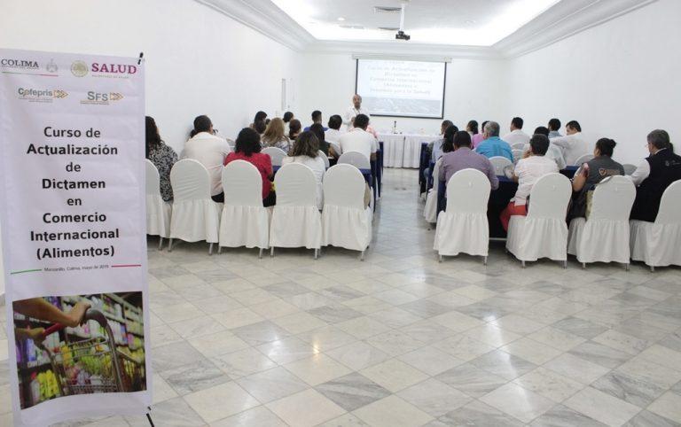 En-Manzanillo-curso-de-actualización-en-Comercio-Internacional-2-768x482