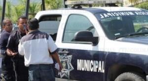 CN-policía-municipal-Manzanillo-DETENIDOS